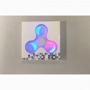 Fidget Spinner - LED Light Up - White