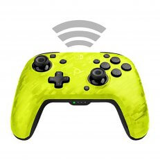 A Switch Faceoff Wireless Deluxe Controller - Yellow Camo