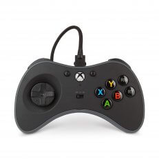 A Xbox One Fusion Fightpad - Black/White/Grey